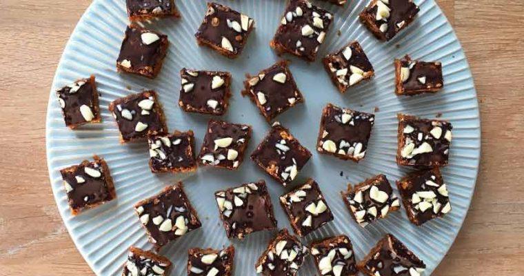 Glutenfri karamelkage med kokos