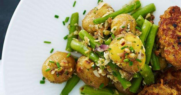 Sund kartoffelsalat med grønne bønner