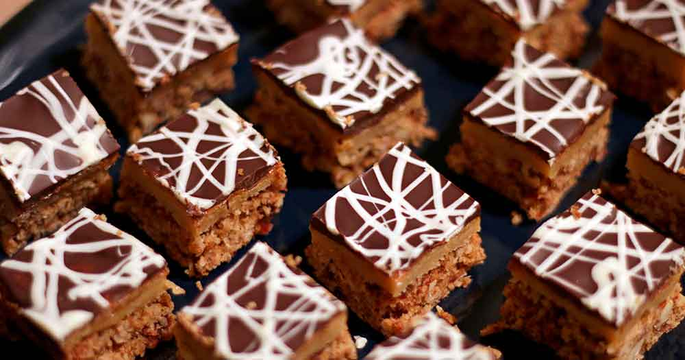 Glutenfri konfektkage med karamel jul hjemmelavet opskrift
