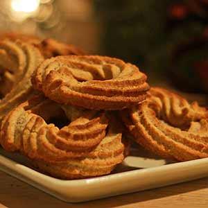 Opskrift: Glutenfri vaniljekranse – den helt rigtige smag og sprødhed.