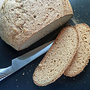 Glutenfrit surdejs-brød