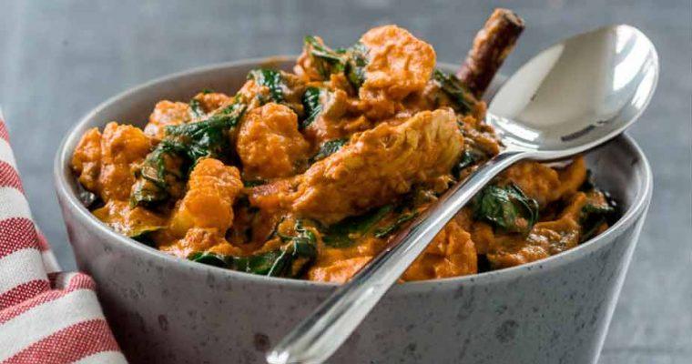 Kalkun-curry med blomkål og grønne linser