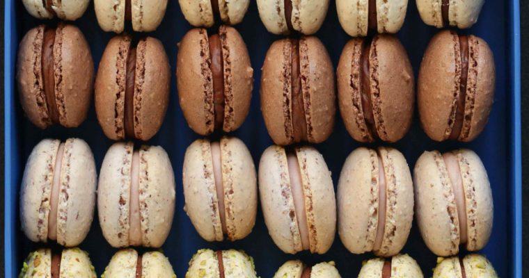 Grove macarons med chokoladecreme