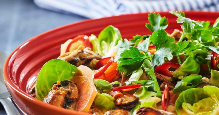 Kokossuppe med rosenkål og muslinger