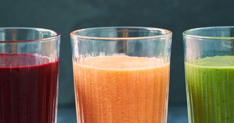 3 antiinflammatoriske smoothies – rød, gul og grøn