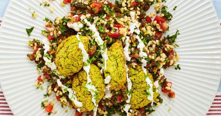 Grønne falafler med grov tabouleh